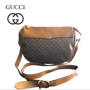 Gucci vintage GG Signature shoulder Handbag