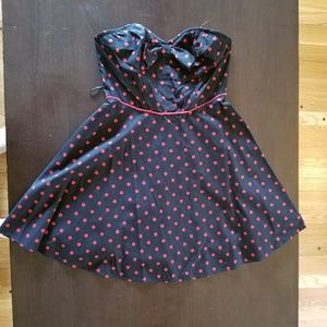 Black and Red strapless polka dot top