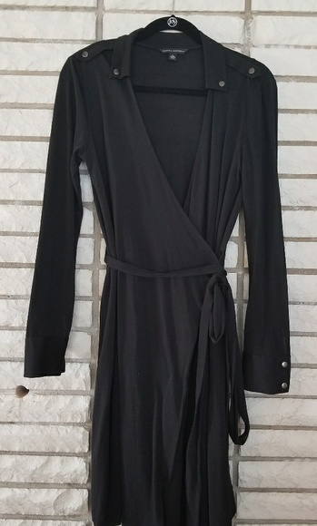 Banana Republic Dresses & Skirts - Banana Republic long sleeve black wrap dres