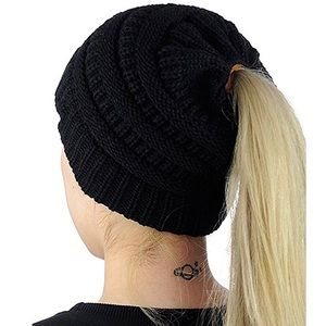 Accessories - Black Beanie Messy Bun High Ponytail Hat