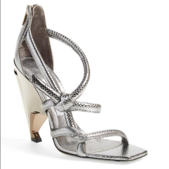 72be6230d Jimmy Choo Shoes - 🎉HP🎉Jimmy Choo Silver Metallic Sandals Heels