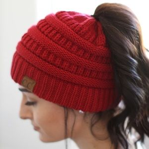 Accessories - LAST ONE ♥️ Red Beanie Messy Bun High Ponytail Hat