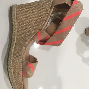 Tommy Hilfiger - Summer Wedge - New - Never Worn