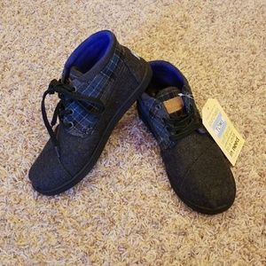 BNWT Toms Youth Boots