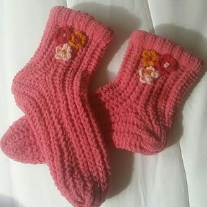 Shoes - Ladies comfy slippers