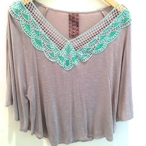 Cape Sleeve Top stone color turquoise collar