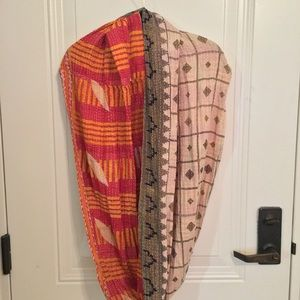 Accessories - Reversible Circle Scarf