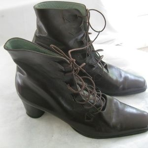 Designer brown lace up boots