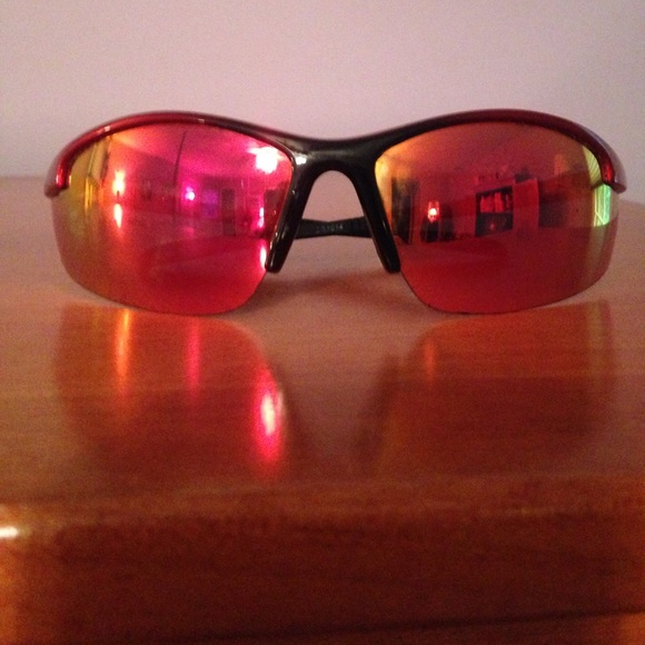 d75fbbbfbd Foster Grant Shake RV FWG red   black sunglasses