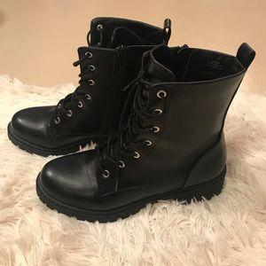 F21 Black Combat Boots
