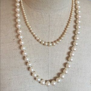 Jewelry - Bundle of Two Pearl Necklaces