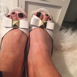 Kate Spade Wedges with Bow and Gold Hardware