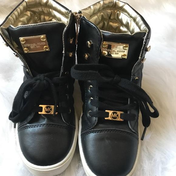 057187963c EUC kids MK high top sneakers size 2