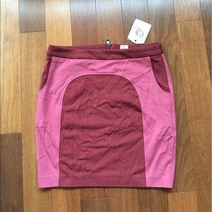 Qi New York Mini Skirt!