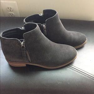 c0a871d90 blondo Shoes | Liam Waterproof Bootie | Poshmark