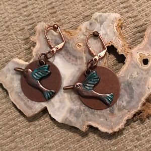 Jewelry - 💥New💥Copper birds/round copper disc Clip ons
