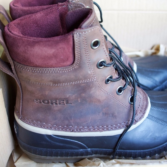 75cda8ada67 NIB Sorel Mens sz9 Plum Cheyanne Waterproof Boots NWT