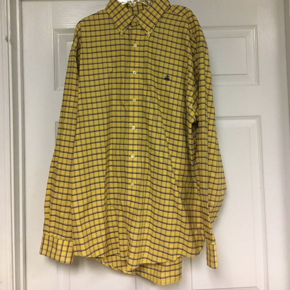 Brooks Brothers Other - Brooks Brothers button up shirt