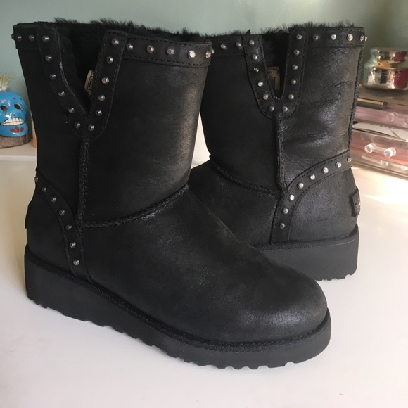 0444d54358b 💕Women's CYD Leather studded Boots