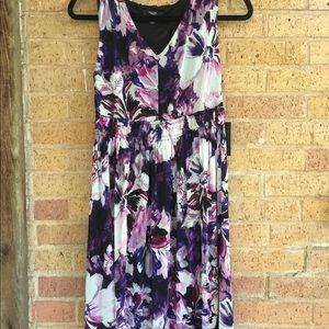 Simply Vera midi dress medium