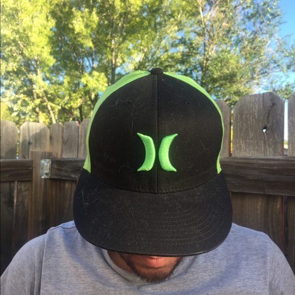online sale select for original wholesale price Hurley Flexfit Green + Black Hat