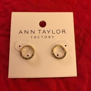 NWT Ann Taylor Factory round earrings