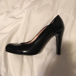 New Black Marc Jacobs Classic Patent Pumps 39