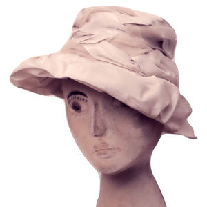 1960s Vintage Hat in Cream and White Braided Silky