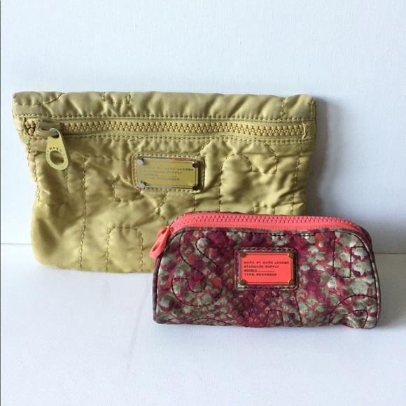4de0e40075f4 ... Marc Jacobs cosmetic bags. M 59dabcdc291a3516a7012b51