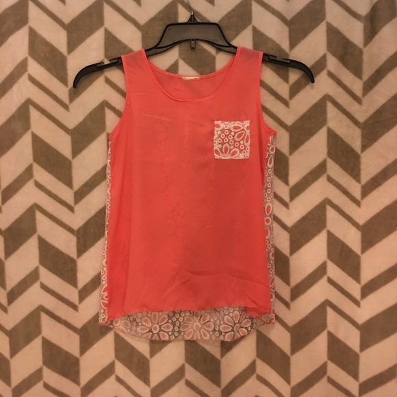 Other - Girls coral colored with lace tank