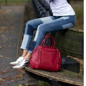 Olivia Harris - satchel - red