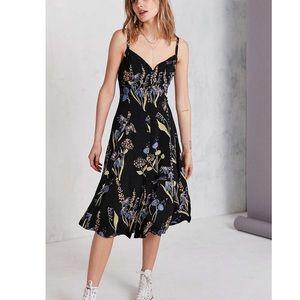 Kimchi Blue Floral Button Down Midi Dress