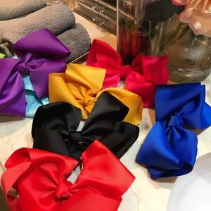 Accessories - 8inch Bows
