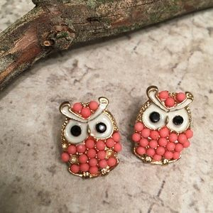 Jewelry - OWL 🦉 POST BEADED EARRINGS CORAL PERFECTION