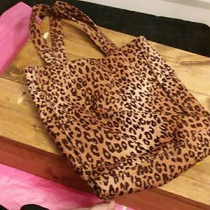 Cheetah print H&M bag
