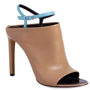 BNWT Balenciaga bicolor glove heels 36