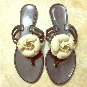CHANEL Jelly Flip Flops Black/Cream Size 8