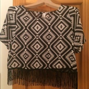 Never worn crop top with super cute fringe!