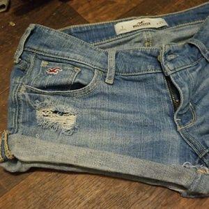 Hollister shorts size 1 W25