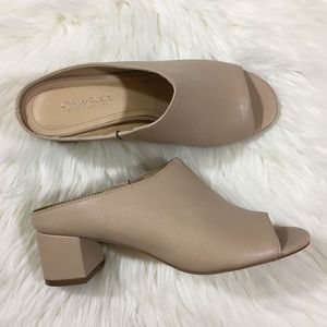 Charles by Charles David Nude Block heel Mules