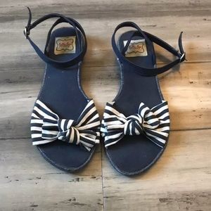 Bettie Page Ankle Strap Flat Bow Sandals 9/9.5