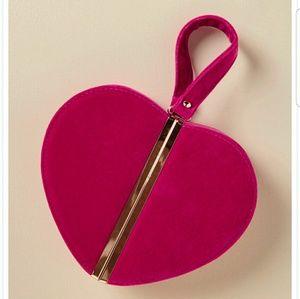 SALE🌼Velvet Heart Clutch/Purse