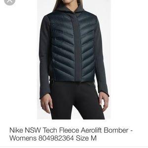 NWOT! Nike aerolift jacket!
