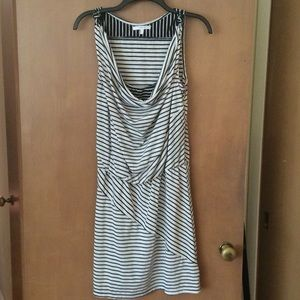 Black & white knot dress