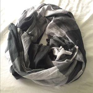 Lulu lemon scarf/wrap