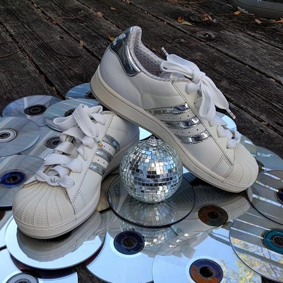 le adidas superstar argento metallico poshmark scarpe originali.
