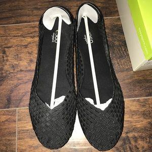 Easy Spirit Black Gibby Flats