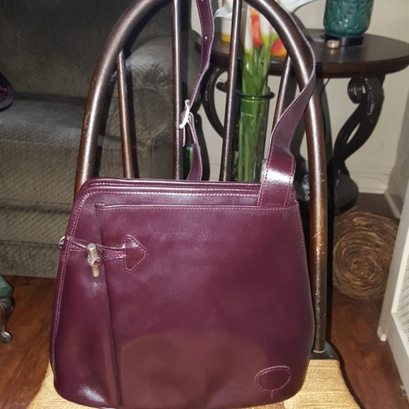44735a80ae3 Longchamp Handbags - Vintage Longchamp Roseau xbody sling bag