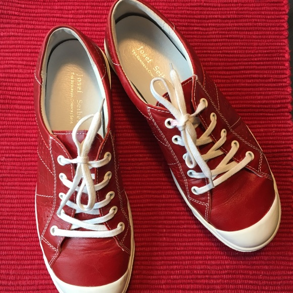 pretty nice 72d89 f0adf Josef Seibel Lilo 13 Sneakers - Red Leather