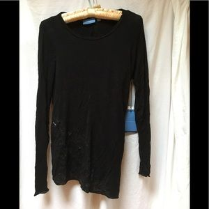 NWT Simply Vera Black Top